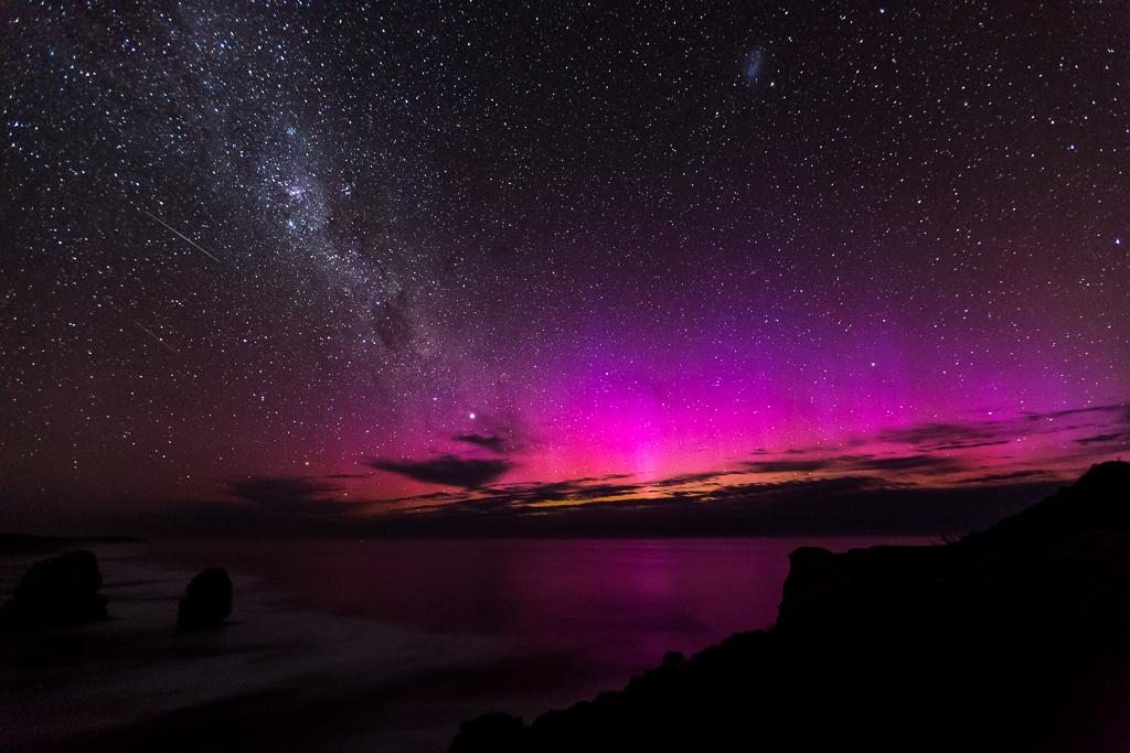 aurora-australis-near-12-apostles-victoria