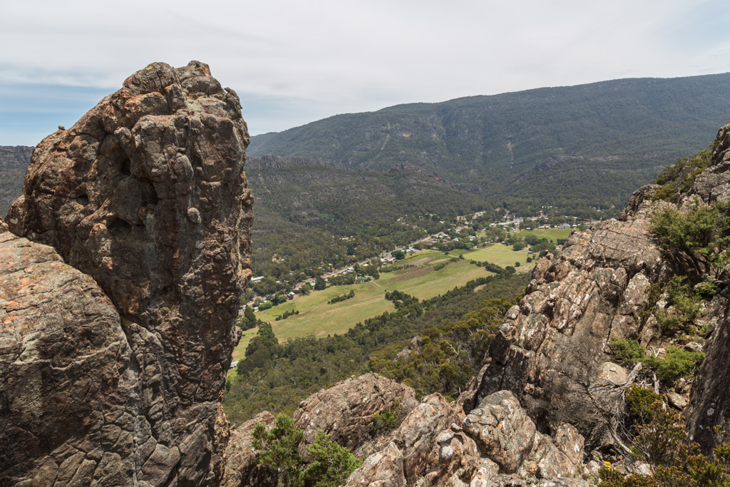halls-gap-from-mount-william-range-ridge-grampians