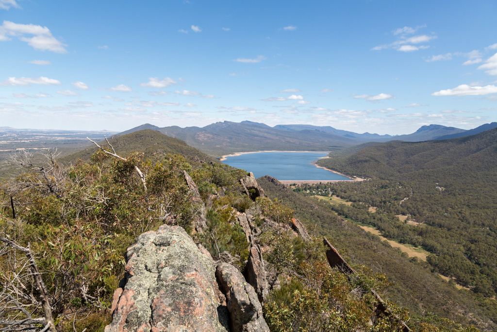 mount-william-range-ridge-lake-bellfield-grampians
