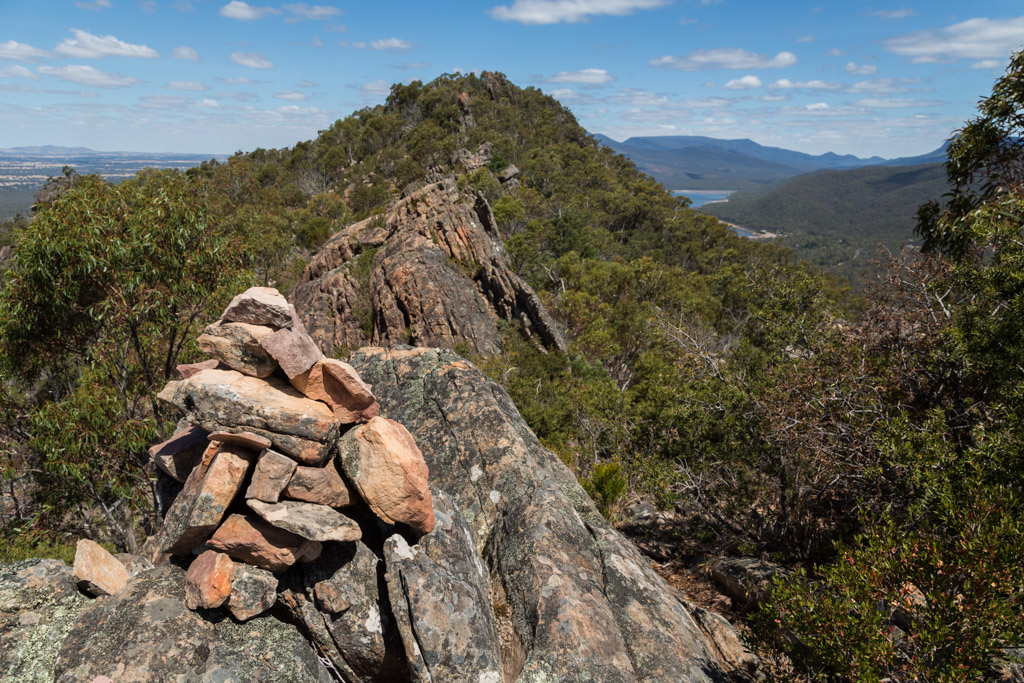 rock-cairn-ridge-mount-william-range-grampians