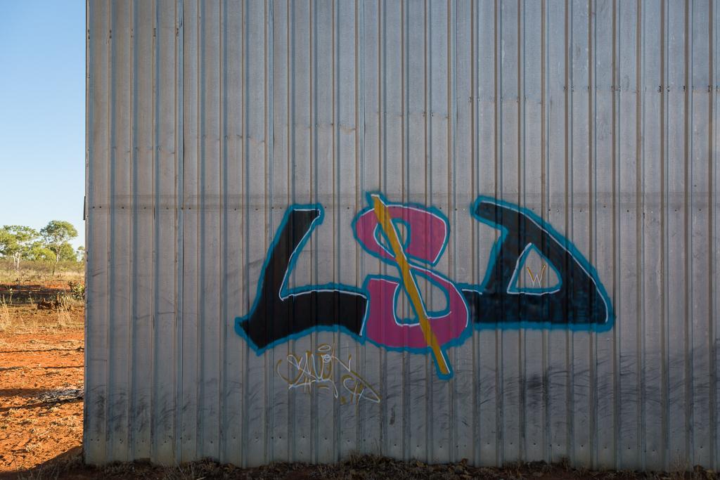 lsd-graffiti-wolfe-crater-WA