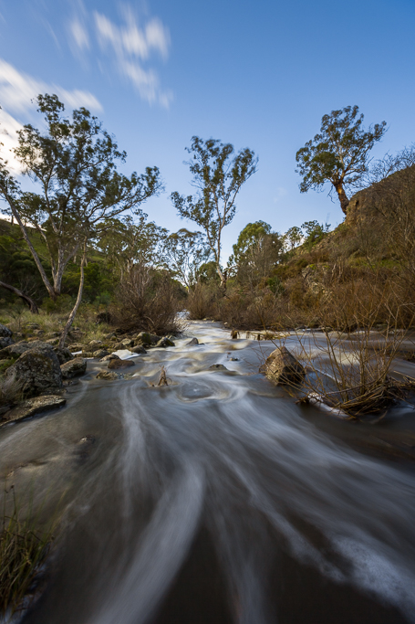 flowing-water-campaspe-river-victoria