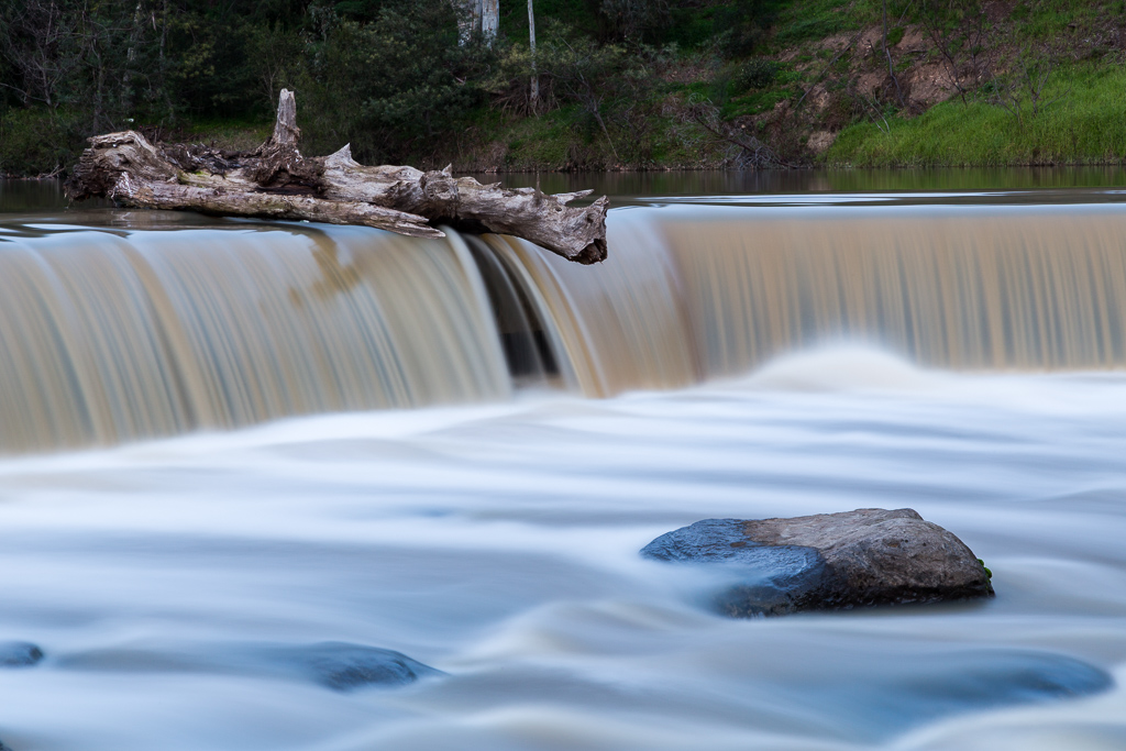 log-water-over-dights-falls-abbotsford