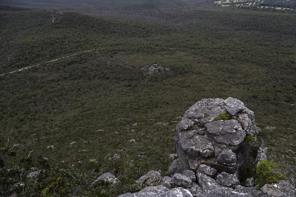 rock-outcrop-signal-peak-grampians-national-park