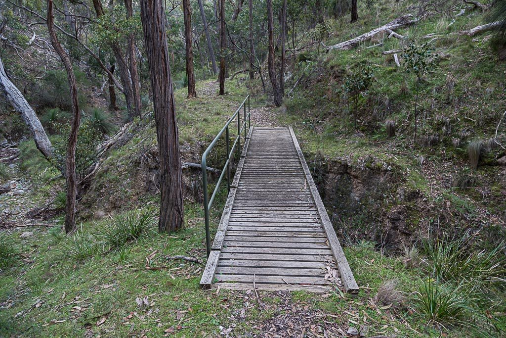 foot-bridge-quarry-track-brisbane-ranges-national-park