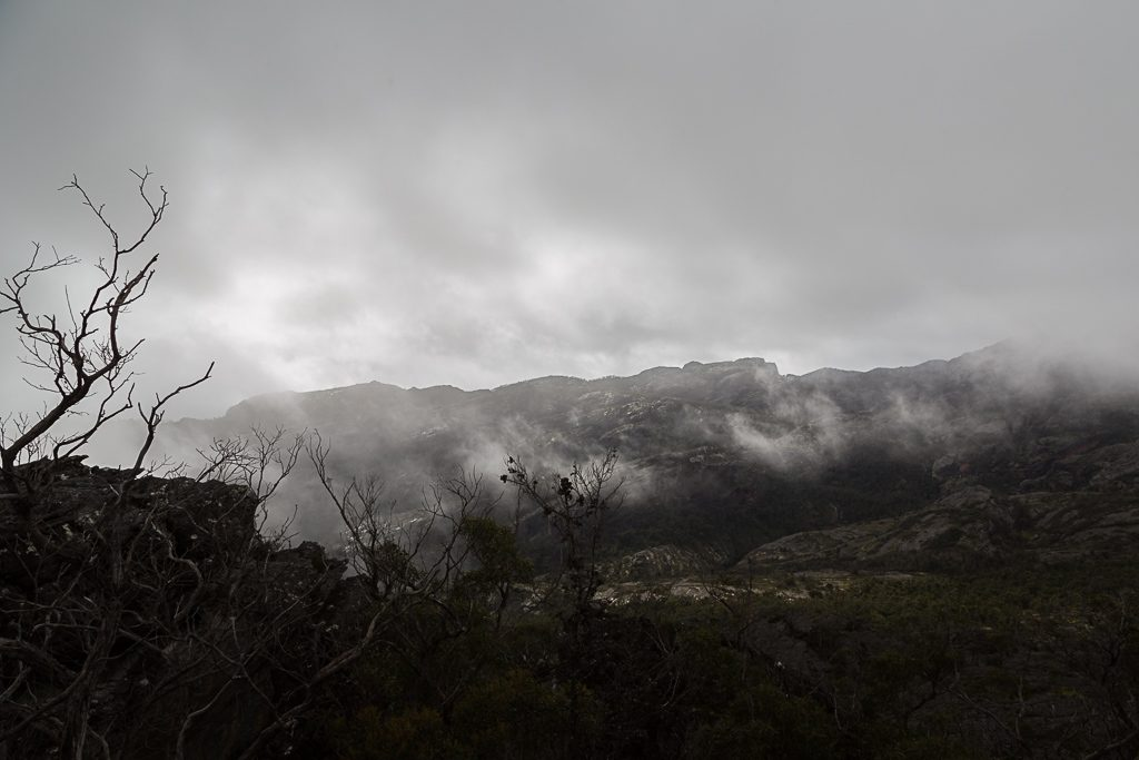 mist-over-fortress-grampians