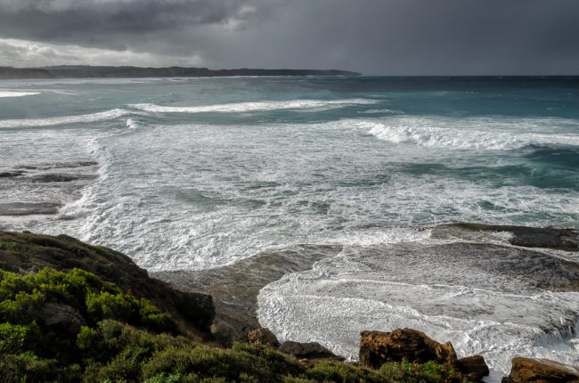 waves-over-rocks-portland
