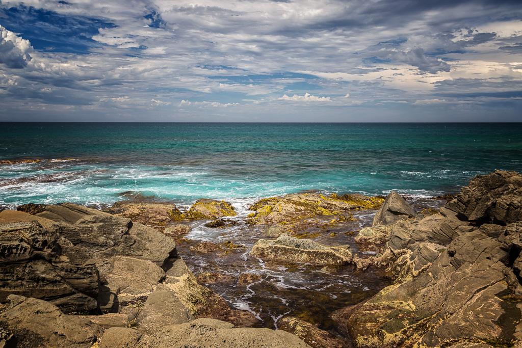 rock-shelf-ocean
